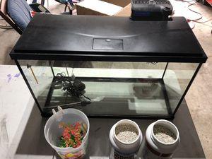 29 gal aquarium plus accessories for Sale in Austin, TX