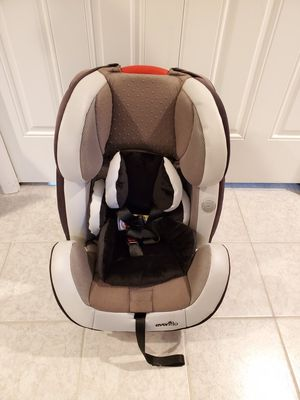 Evenflo Symphony 65 Convertible Car Seat for Sale in Chicago, IL