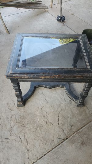 Antique corner table for Sale in Covina, CA