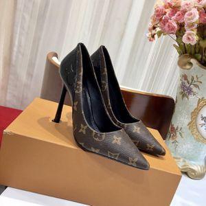 Women heels for Sale in Miami, FL