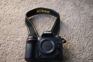 Like New Nikon D7200 Bundle for Sale in North Las Vegas, NV