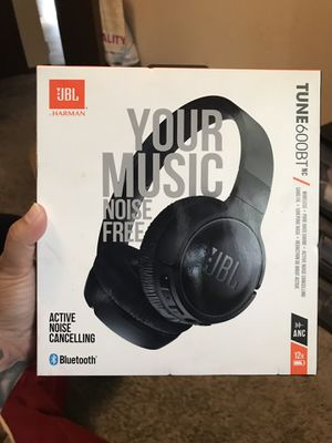 JBL noise cancelling headphones for Sale in Tacoma, WA
