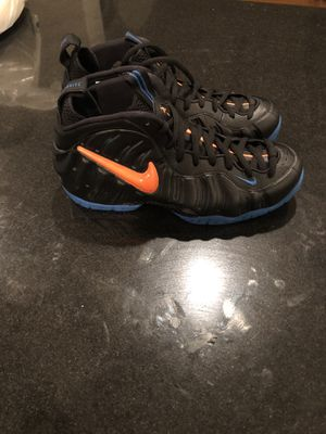 BRAND NEW Nike Foamposites pro with box! Size 9 for Sale in Orlando, FL
