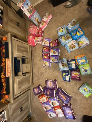 Huge diaper lot! Huggies, parents choice, More!! for Sale in Royse City, TX