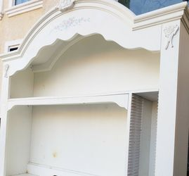 Absolutely BEAUTIFUL Shabby Chic Storage Bookcase Bookshelves Hutch + Shelves + CD's Organizer for Sale in Monterey Park,  CA