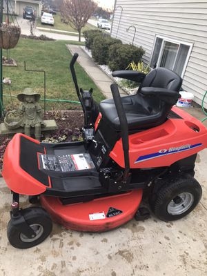 Simplicity Axion zero turn 33 inc runs excellent for Sale in Fort Wayne, IN