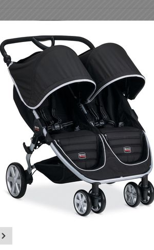 Britax double stroller for Sale in Shelby Charter Township, MI