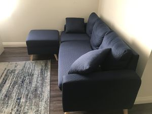 Blue sofa w/ chaise for Sale in Glendale, CA