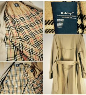 Authentic BURBERRY Trench Coat for Sale in Seattle, WA
