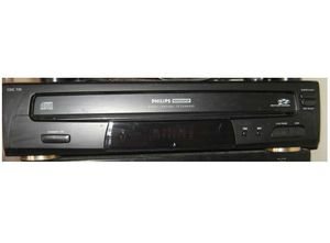 Philips / Magnavox 5 Disc Multi CD Player - w/ remote WORKS GREAT! for Sale in Philadelphia, PA