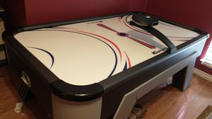 Air hockey table for Sale in Flower Mound, TX