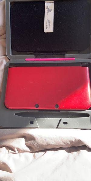 Nintendo 3ds XL and case for Sale in Middletown, MD