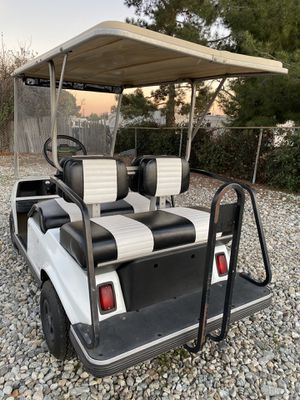 2000 48v club car golf cart 4 seater for Sale in Rancho Cucamonga, CA
