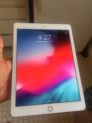 iPad Pro 32gb WiFi + 4G cellular, unlocked ( 1st Gen ) $275 firm no trade , I block low ballers, for Sale in West Sacramento, CA