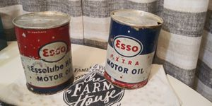 Vintage ESSO motor oil 1 QUART can (Lot of 2) for Sale in Appomattox, VA