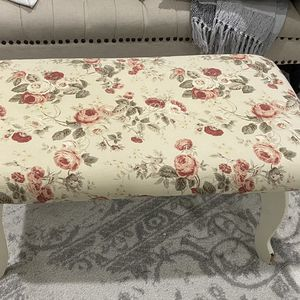 Shabby Chic Coffee Table / Bench for Sale in Camas, WA