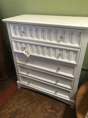 White dresser drawers stick a bit for Sale in San Diego, CA