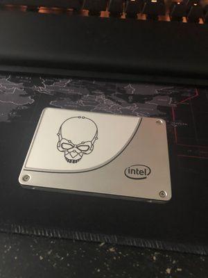 Intel 730 skull series 240 ssd (has windows 10) for Sale in Buffalo, NY