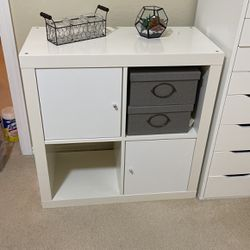 White Shelf With Doors And Internal Lights for Sale in Kirkland,  WA