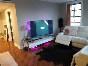 White glass and metal modern home entertainment center/ tv stand for Sale in Chicago, IL