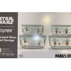 Pyrex Star Wars The Child 8-Piece Yoda Glass Food Storage Set w/Lids Mandalorian for Sale in March Air Reserve Base, CA