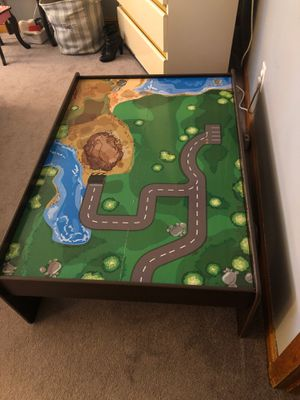 Train table for Sale in Middleton, MA