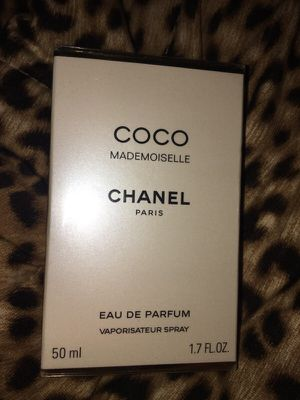 Chanel Coco Mademoiselle Perfume for Sale in Moreno Valley, CA