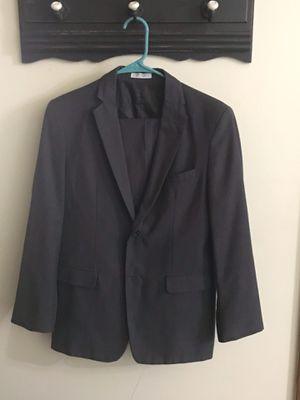 Boys Regular Size 18 Suit for Sale in Savannah, MO