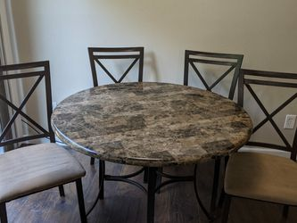 Small Dinner Table And Chairs (Plastic Top Not Marble) for Sale in Tualatin,  OR