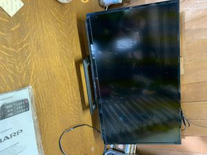 """32"""" Sharp TV for Sale in Tracy, CA"""