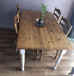 Kitchen table farm style dinning table for Sale in Los Angeles, CA