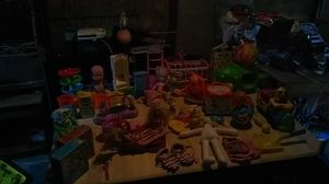 Kids toys cleaning out my garage for Sale in Aberdeen, WA