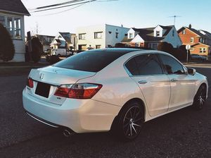 GPS, Bluetooth Honda Accord Racing suspension Mobil one oil! for Sale in St. Petersburg, FL