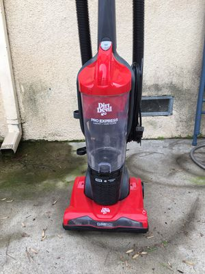 Dirt Devil Pro Express Vacuum for Sale in Fresno, CA
