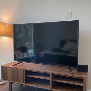 """Samsung 58"""" 4K Tv for Sale in Los Angeles, CA"""