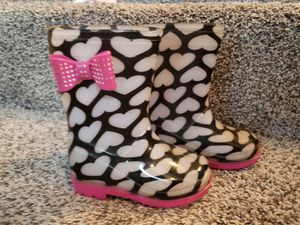 Size 5 Girl Rain Boots for Sale in Tualatin, OR