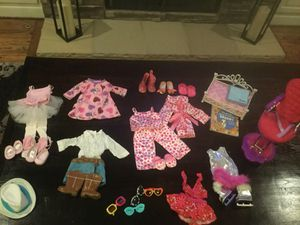 American Girls Dolls, Bed, Books, and tons of outfits and Accessories for Sale in Brentwood, TN