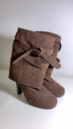 Brown Boots for Sale in Chicago, IL