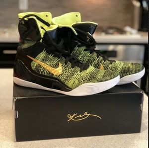 Nike Kobe 9 Victory (Black/Green) - Size 10.5 for Sale in Orlando, FL
