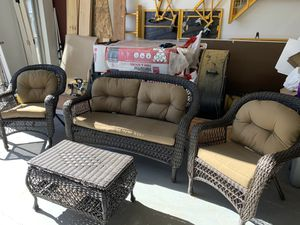 Outdoor Patio Set for Sale in Boulder, CO