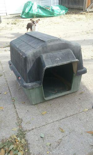 Dog house, medium $20 obo for Sale in Denver, CO