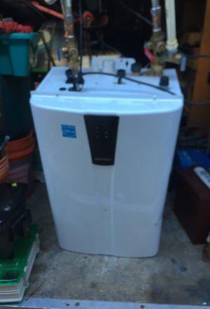 Water heater for Sale in Lynnwood, WA