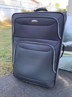 Large Luggage for Sale in Trenton, NJ