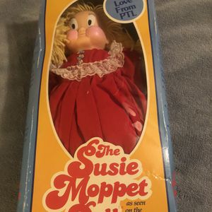 PTL Susie Moppet Doll And Christmas With Susie And Allie Album for Sale in Tempe, AZ