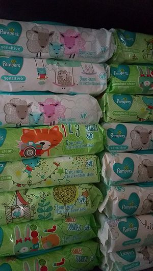 Pampers wipes for Sale in Middlebury, CT