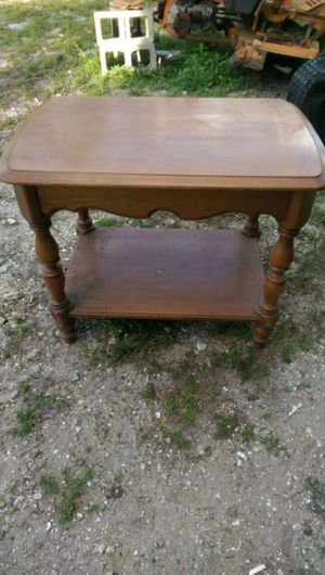 End table for Sale in Avon Park, FL
