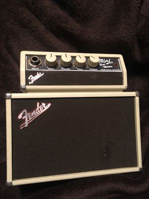 Portable fender amp for Sale in Holbrook, MA