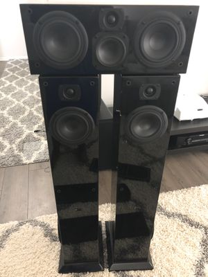 Aperion tower speakers and center channel for Sale in Columbus, OH