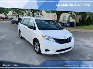2015 Toyota Sienna for Sale in Inwood, NY