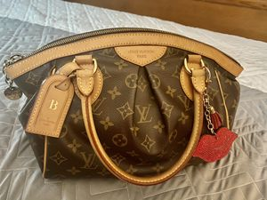 Authentic LV Tívoli PM for Sale in Maple Shade Township, NJ